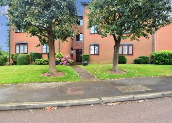 2 bed flat for sale in Basing Road, Banstead, Surrey SM7
