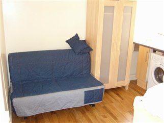 Thumbnail Studio to rent in 51 Willesden Lane, 7Rl