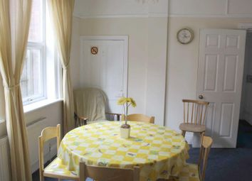 1 bed property to rent in County Park, Shrivenham Road, Swindon SN1