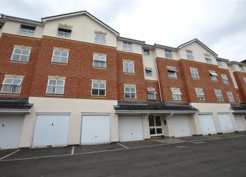 Thumbnail 2 bedroom flat to rent in Elm Park, Reading, Berkshire