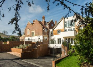 Thumbnail 2 bedroom flat for sale in South Park Drive, Gerrards Cross, Buckinghamshire