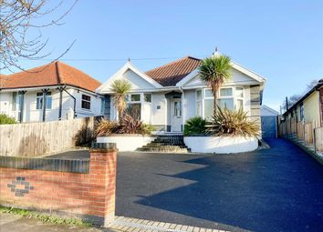4 bed bungalow for sale in Bixley Road, Ipswich IP3