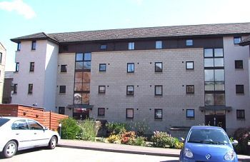 Thumbnail 2 bedroom flat to rent in Arbroath Road, Dundee