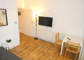 Thumbnail 1 bed flat to rent in Everett Road, West Didsbury, Manchester