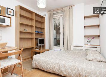 Studio flats to rent in Queen's Club Gardens, London W14
