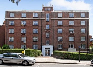 Thumbnail 3 bed flat to rent in Frognal Lane, Hampstead NW3,