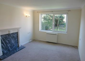 1 bed flat to rent in Homefylde House, Whitegate Drive, Blackpool, Lancashire FY3