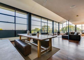 Thumbnail 3 bedroom flat for sale in Chiswick Green Studios, London
