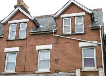 2 bed flat to rent in Ashley Road, Parkstone, Poole BH14