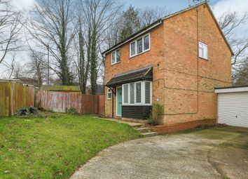 Thumbnail 4 bedroom detached house for sale in Fulham Close, Crawley