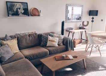 Thumbnail 3 bedroom flat to rent in Streamlight Tower, London