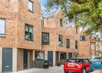 Thumbnail 3 bed flat for sale in Eastern Road, East Finchley, London