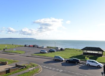 Barton Chase, First Marine Avenue, Barton On Sea, New Milton BH25. 2 bed flat for sale