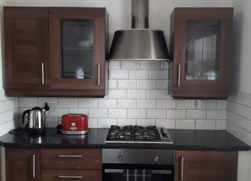 Thumbnail 2 bed flat to rent in Turin Street, London