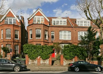 Thumbnail 2 bedroom flat for sale in Queens Avenue, Muswell Hill, London