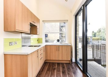 Thumbnail Studio to rent in 219A High Road, London