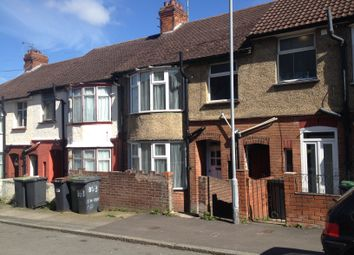Thumbnail 3 bed terraced house to rent in Harcourt Street, Luton, Beds.