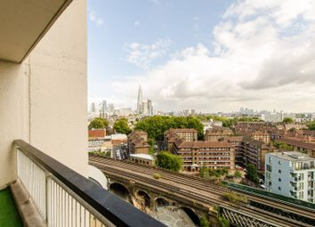Thumbnail 2 bed flat to rent in Metro Central Heights, Elephant And Castle, London