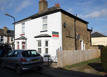 Thumbnail 2 bed property to rent in Risborough Road, Maidenhead, Berkshire
