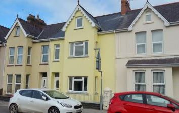 Thumbnail 6 bedroom terraced house to rent in Vergam Terrace, Fishguard