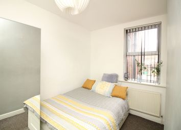 Thumbnail Room to rent in Elmfield Road, Doncaster