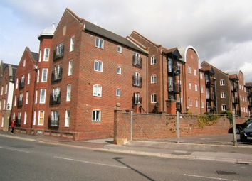 3 bed flat for sale in Barbers Wharf, Poole BH15
