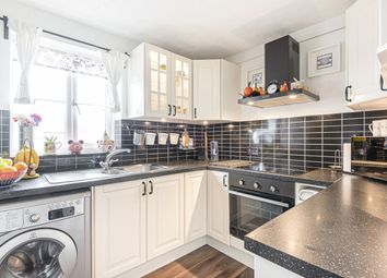Thumbnail Flat for sale in Stevenson Close, New Barnet, Barnet