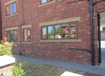 2 bed flat to rent in Leeds Road, Wakefield WF1