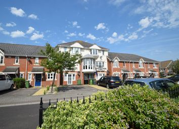 2 bed flat to rent in Beasant Close, Portsmouth PO3