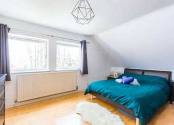 2 bed maisonette for sale in Stanhope Road, Highgate, London N6