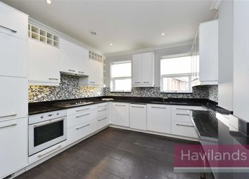 Thumbnail 2 bed flat to rent in Wades Hill, London