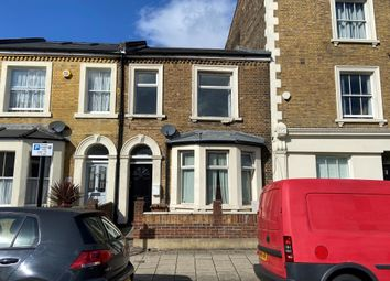 Thumbnail 2 bedroom flat to rent in Rendlesham Road, London