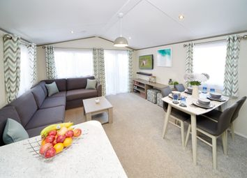 Thumbnail 2 bed mobile/park home for sale in Crow Lane, Great Billing