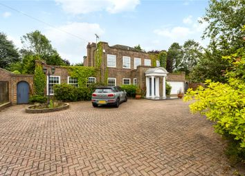 Paddock Walk, Warlingham, Surrey CR6. 4 bed detached house