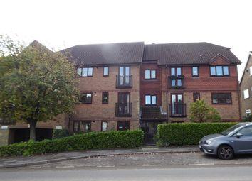 Thumbnail 2 bedroom flat to rent in Eridge Road, Crowborough