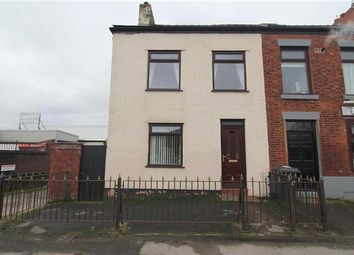 4 bed property to rent in Victoria Road, Walton-Le-Dale, Preston PR5