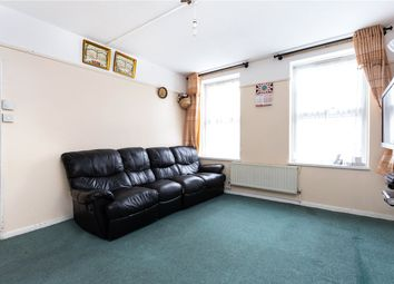 Thumbnail 3 bed flat to rent in Collingwood Street, London