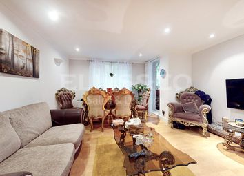 3 bed flat for sale in Brook Lodge, North Circular Road, London NW11
