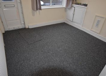 Thumbnail 2 bed property to rent in Kensington Street, Leicester
