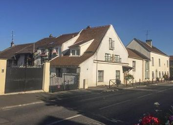 Thumbnail 4 bed property for sale in Malnoue, Seine-Et-Marne, France