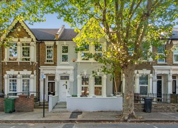 Harold Road, London E11. 3 bed flat