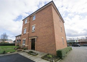 2 bed flat for sale in Pavilion Gardens, Westhoughton, Bolton BL5