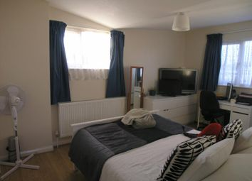 Thumbnail 2 bed detached house to rent in Hazel Close, London