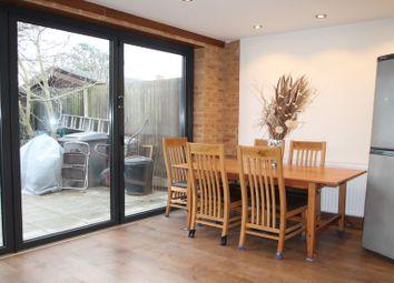 Thumbnail Studio to rent in Cavendish Court, Sunbury-On-Thames