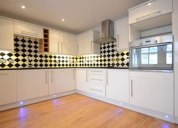 Thumbnail 4 bed detached house to rent in Manor View, Brimpton Road, Brimpton, Reading