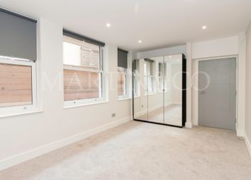 Thumbnail 1 bed flat to rent in Walpole Court (4d), Ealing Broadway