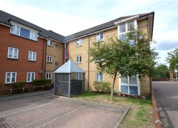 Thumbnail 2 bed flat for sale in Park View, Reading, Berkshire