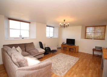 Thumbnail 2 bedroom flat for sale in Glen Avenue, Port Glasgow