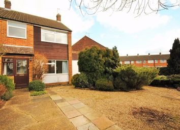 Stubbs End Close, Amersham HP6. 3 bed terraced house