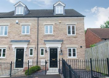 Thumbnail 3 bed town house for sale in Georgian Square, Rodley